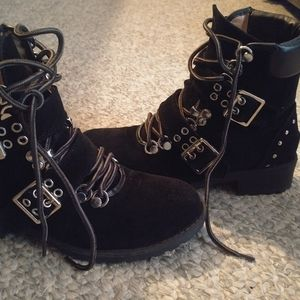 Chase + Chloe Shoes - Chase and Chloe Suede Combat Boots size 6.5